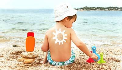 Аллергия на солнце у детей — симптомы, как проявляется и выглядит на фото, чем лечить ребёнка