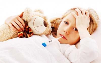 Что делать если у ребенка солнечный удар и температура