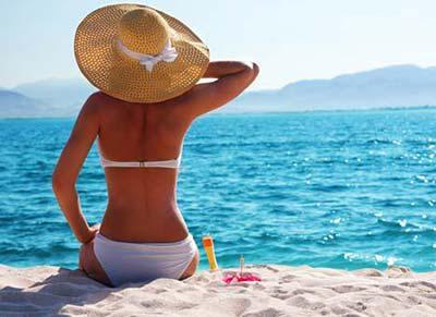 Сыпь на коже после загара на солнце: причины, виды, чем лечить?