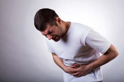 Рези в желудке: причины, симптомы, что делать при резях