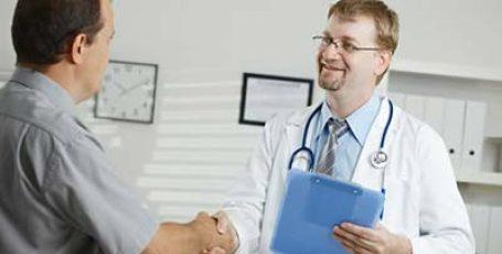 Первые симптомы рака кишечника у мужчин, самые явные признаки